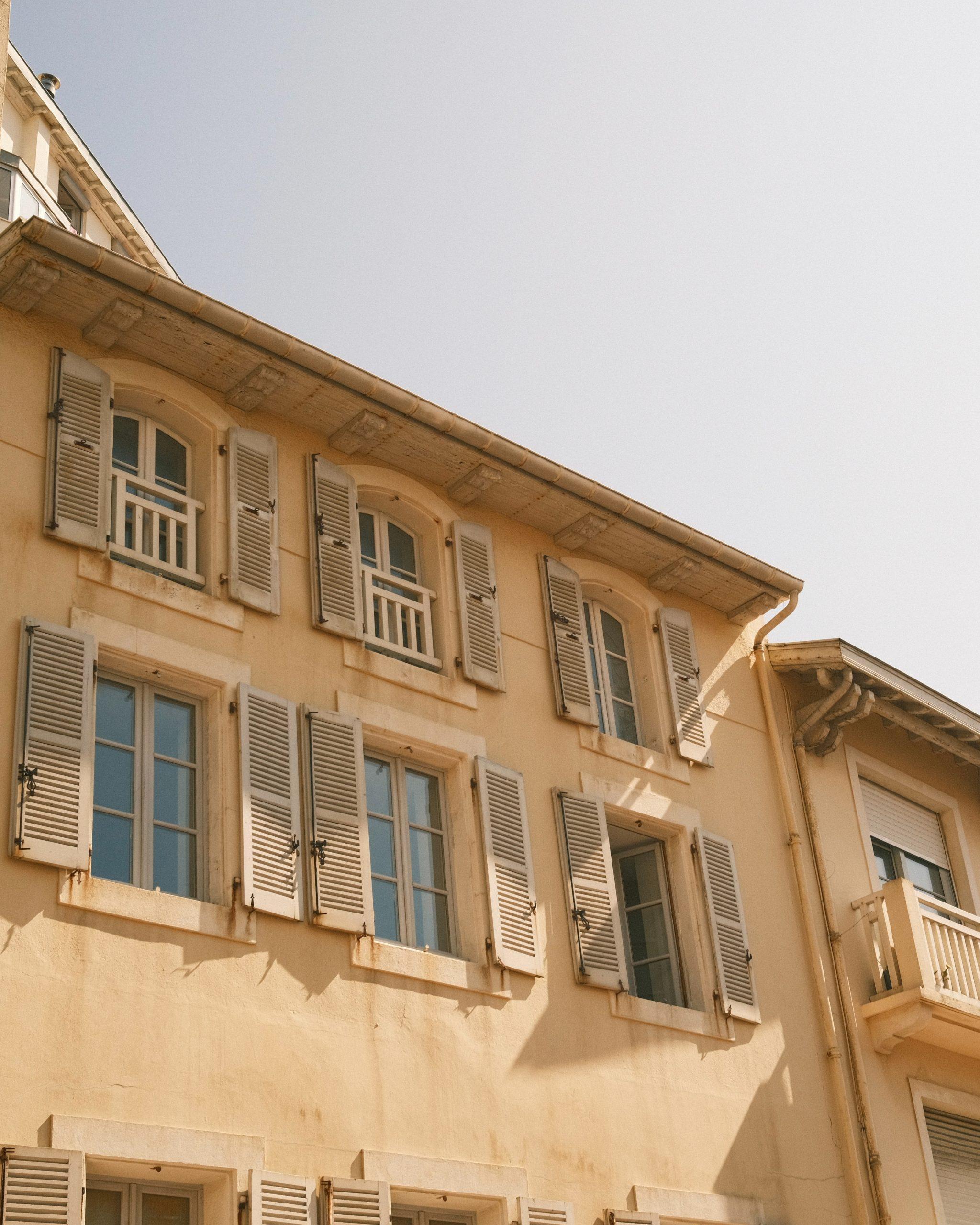 Read more about the article Travaux et copropriétaires : la checklist des autorisations